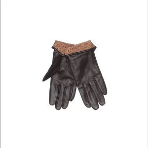 Black leather and leopard gloves size small